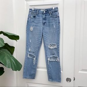 PacSun Mom Jean Quote Embroidery on Knees 26